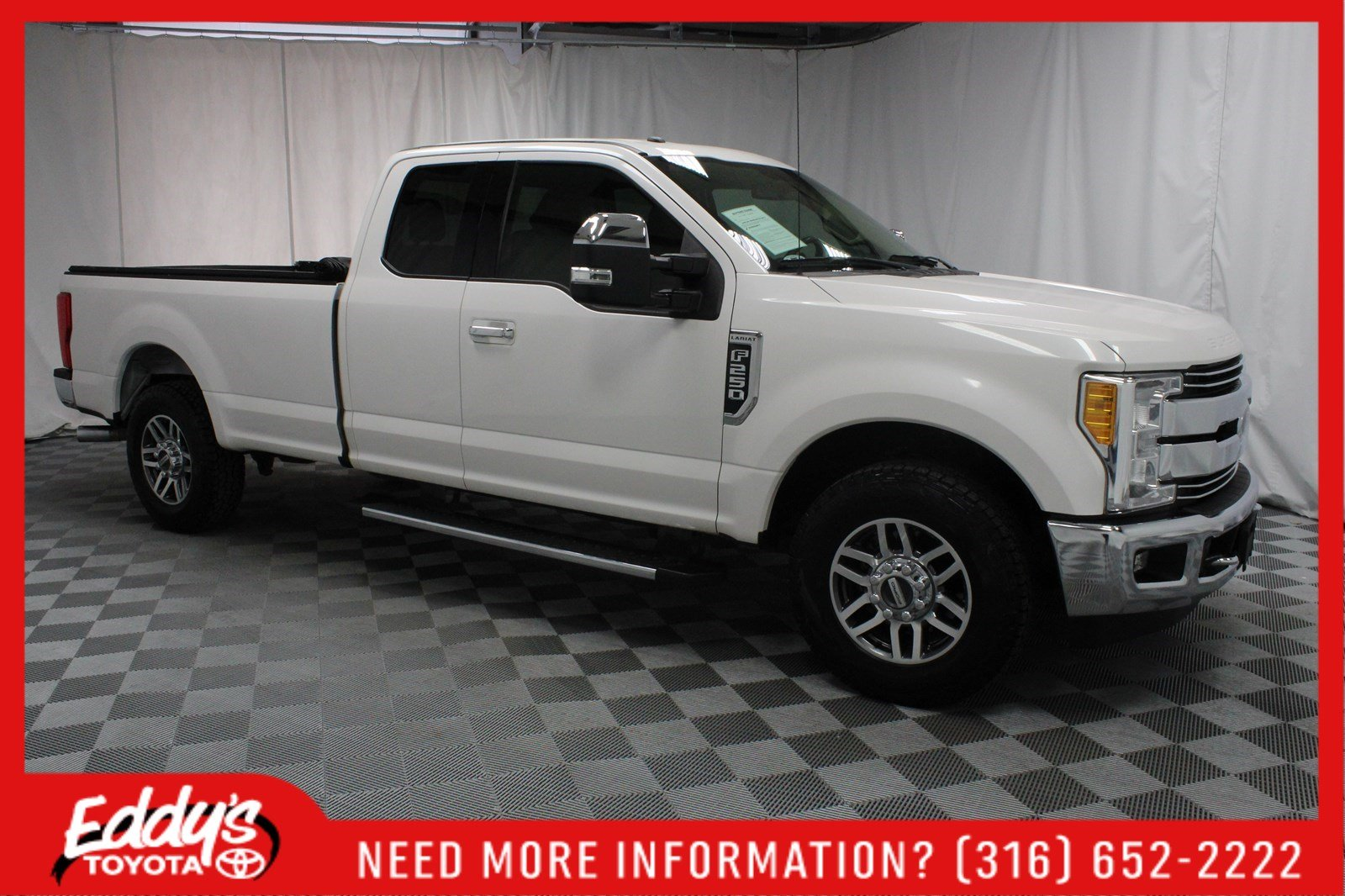 Pre-Owned 2017 Ford Super Duty F-250 SRW Extended Cab Lariat
