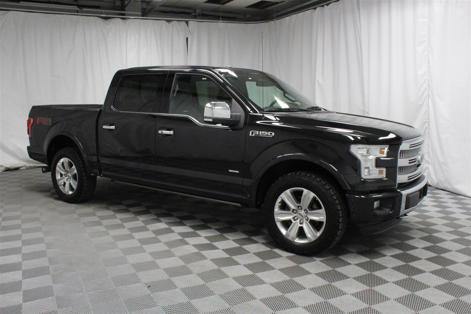 Pre-Owned 2015 Ford F-150 Crew Cab Platinum 4x4