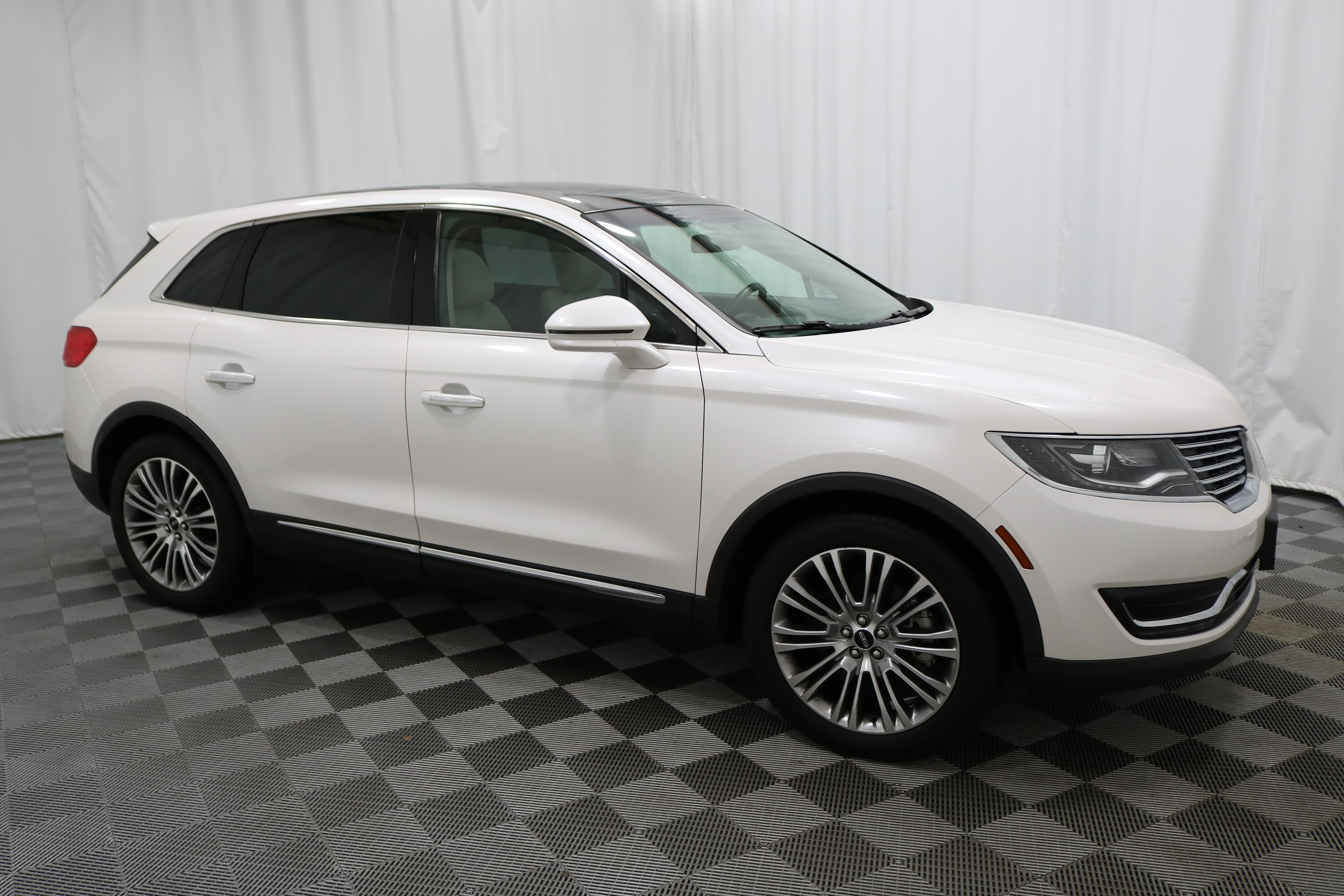Certified Pre Owned 2017 Lincoln Mkx Reserve